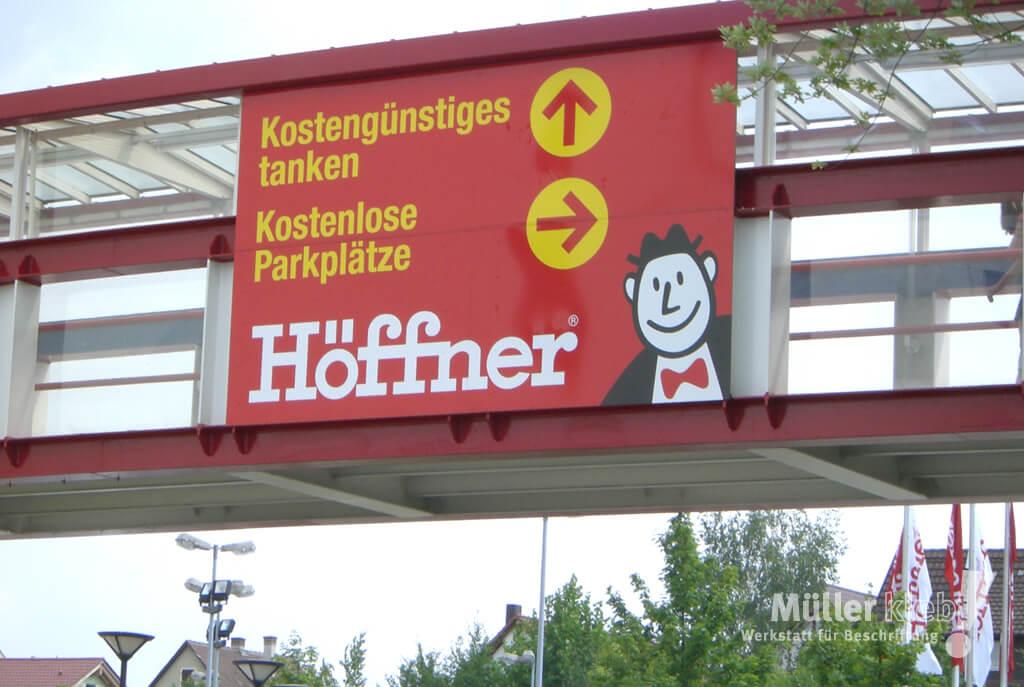 Müller klebt! Leonberg Schilder und Leitsysteme Höffner